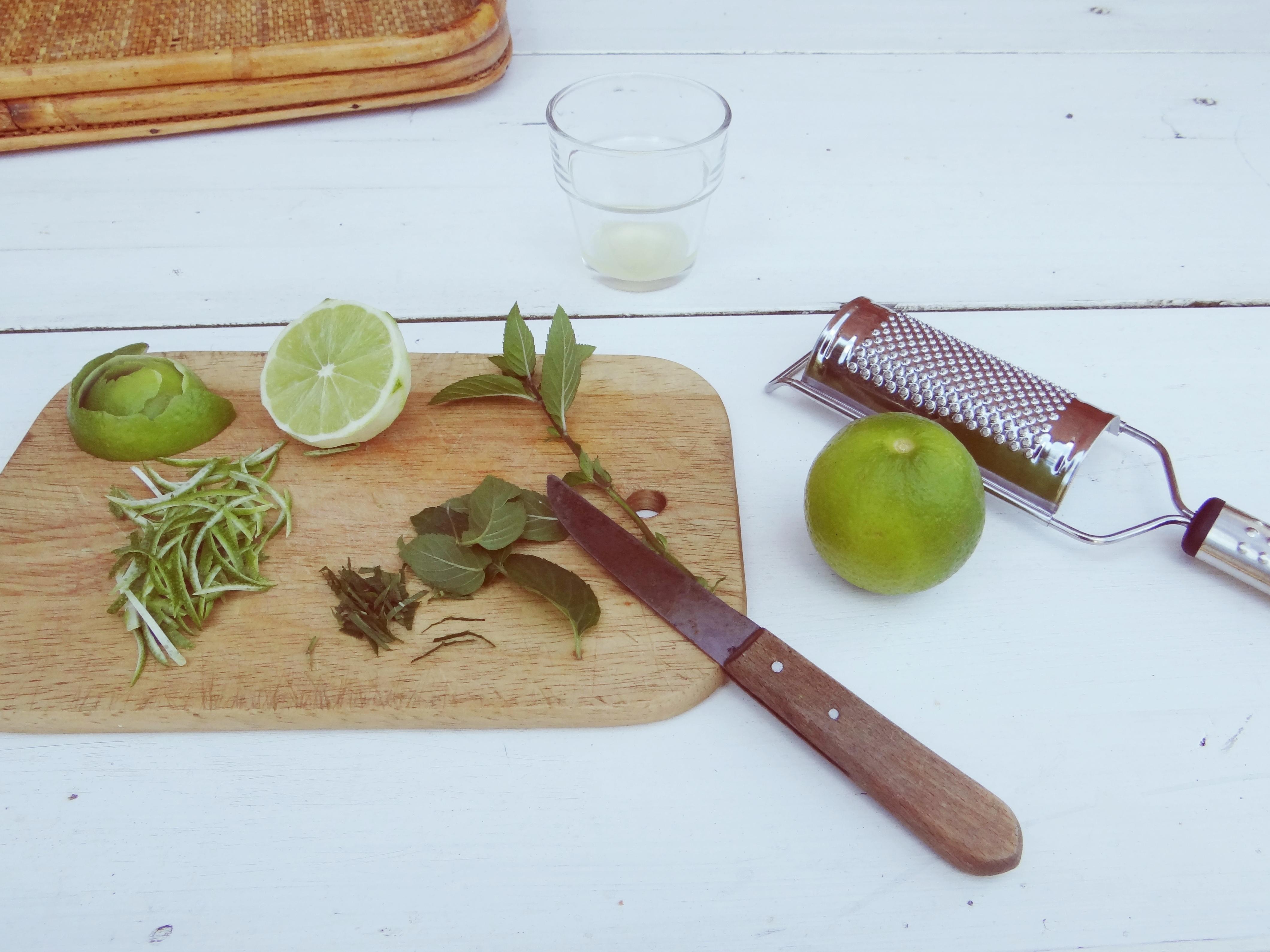 Messer und Brettchen